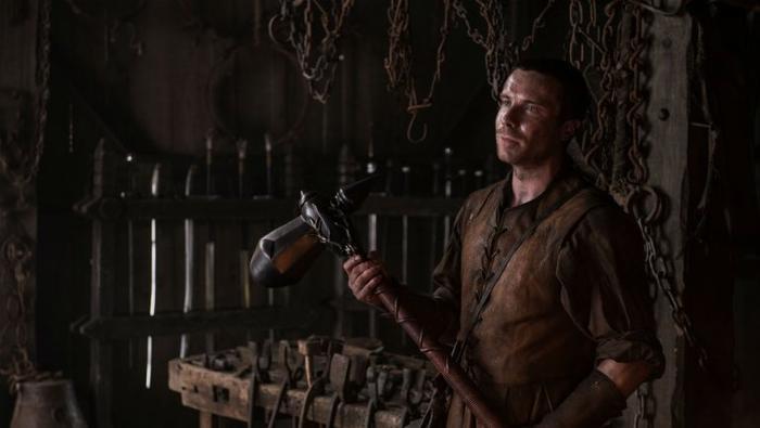 Gendry gia nhập đội thợ rèn Winterfell.