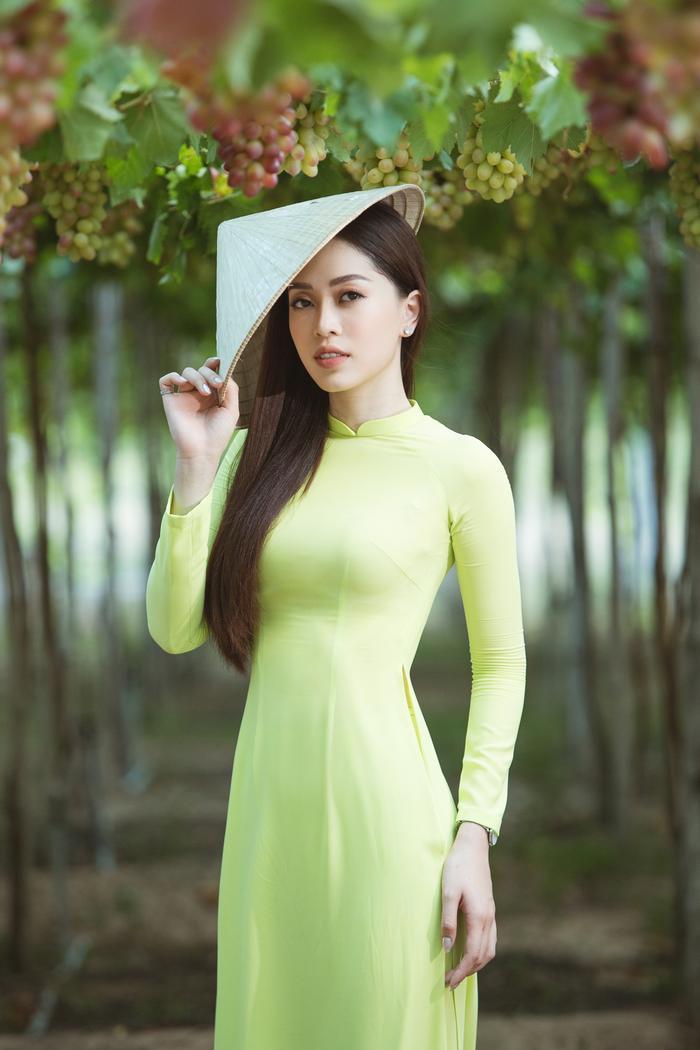 HHen Niê  Minh Tú  Tiểu Vy đồng loạt tung ảnh diện quốc phục: Mặn mà nhất vẫn là chị đẹp này! ảnh 3