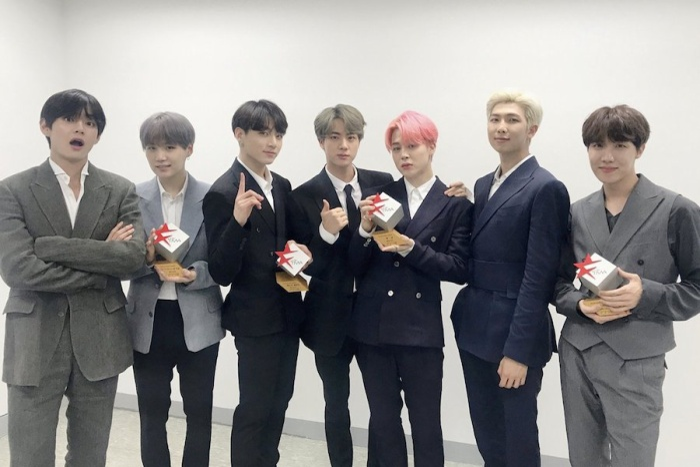 Nhóm BTS tại sự kiện.