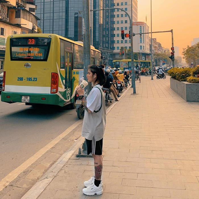 Bích Thuận có ngoại hình rất cá tính và ấn tượng