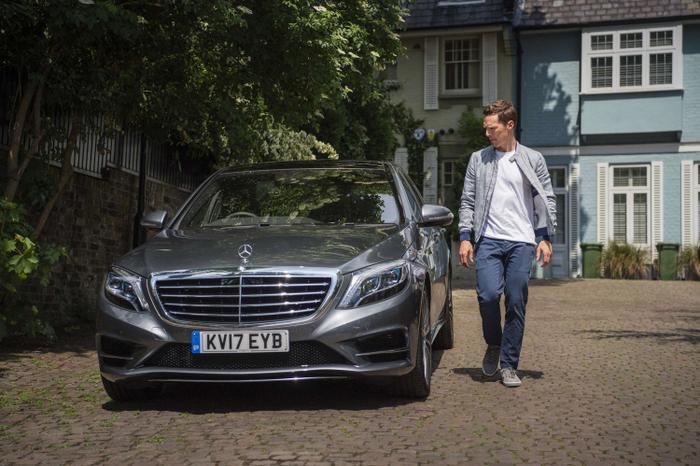 7. Benedict Cumberbatch (Dr. Strange):Benedict Cumberbatch hiện sở hữu các mẫu xe như MG GS, Jaguar XJ, Mercedes-Benz S-Class và xe thể thao Jaguar F-Type.t.