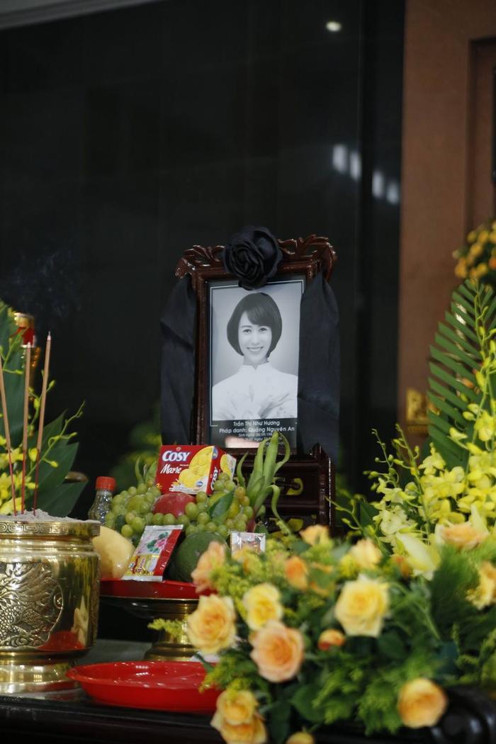 Không gian đám tang của cố người mẫu Như Hương.