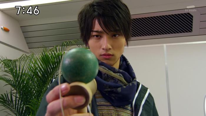 Yokohama Ryuusei từng có ý định bỏ làm diễn viên nếu không có lời động viên của cha mẹ ảnh 2