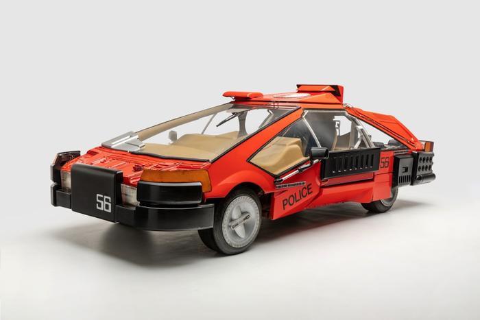 Chiếc sedan được Deckard lái trong 'Blade Runner'