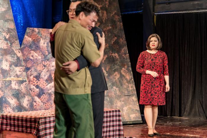 Những khoảnh khắc lay động lòng người trong đêm diễn cùng nhiều cung bậc cảm xúc đối với khán giả.