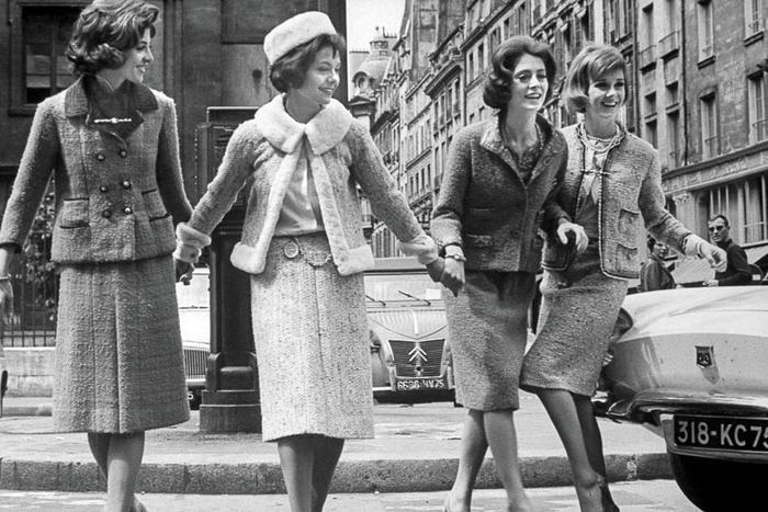 Thời trang nhân loại sinh ra để phụng sự Phụ nữ  cái rốn của vũ trụ ảnh 6