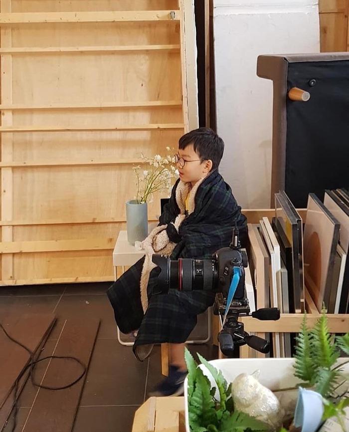 Daehan Minguk Manse tỏ lòng biến ơn, tự làm thiệp tặng Song Il Gook trong Ngày cha mẹ ảnh 7