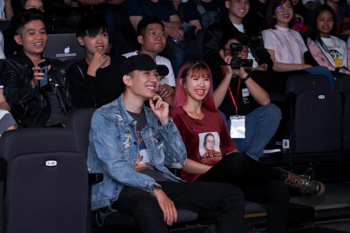 Ngoài ra còn có cặp đôi vàng trong làng giải trí Kelvin Khánh-Khởi My.