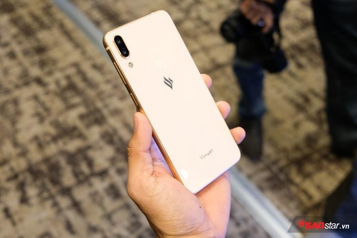 VinSmart đang nghiên cứu sản xuất điện thoại 5G, dự kiến ra mắt 12 mẫu điện thoại trong năm 2019.