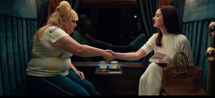 Anne Hathaway gặp đồng nghiệp Rebel Wilson