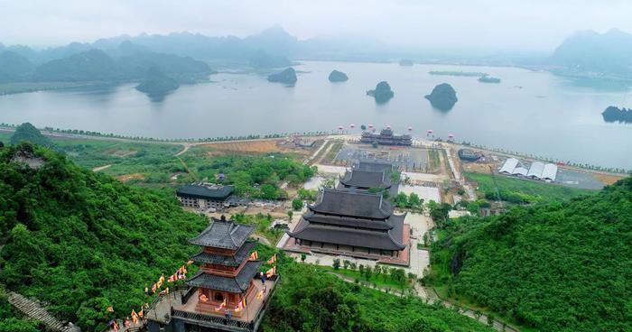 Đại lễ Phật đản Liên hợp quốc-Vesak 2019 do giáo hội Phật giáo Việt Nam đăng cai, tổ chức tại chùa Tam Chúc (Hà Nam) sẽ khai mạc lúc 8h ngày 12/5 và kéo dài đến 14/5. Đây là lần thứ ba Việt Nam tổ chức sự kiện này.