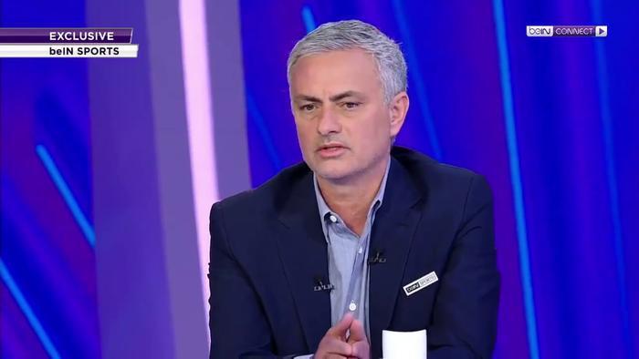 Mourinho xuất hiện dày đặc trên sóng truyền hình với vai trò …BLV