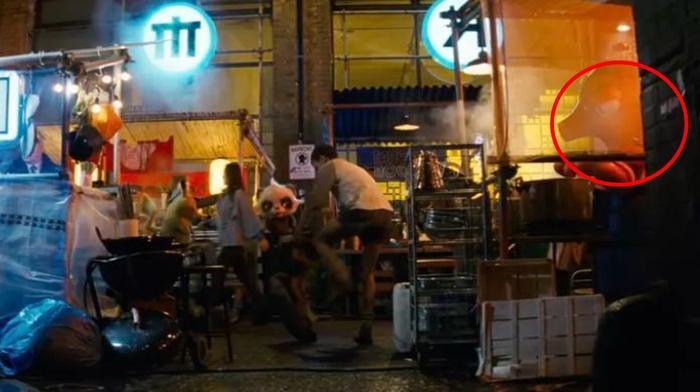 Octillery tập trung với nồi súp trong phiên chợ đêm