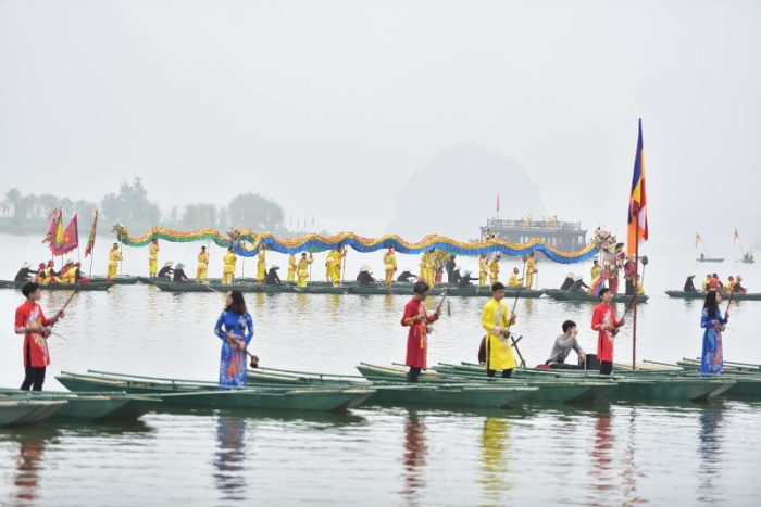 Ngay từ sáng sớm nhiều hoạt động trong đại lễ đã diễn ra ngay tại chùa Tam Chúc.