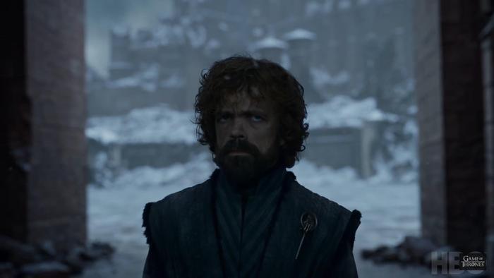Tyrion khóc than bên xác của Cersei và Jaime.