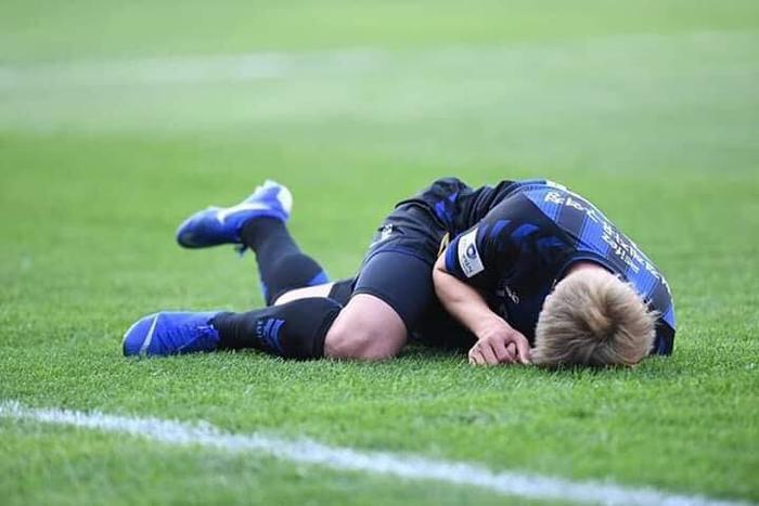 Sau nhiều trận đấu phải dự bị hoặc không được thi đấu, Công Phượng đã được đá chính trong trận đấu Incheon vs Pohang Steelers. Thậm chí đây là lần đầu tiên tiền đạo của Việt Nam được HLV Lim Jung Yong sử dụng, kể từ khi ông lên thay thế HLV Jorn Anderson vào giữa tháng 4. Dù được thi đấu trọn trận, Công Phượng không để lại nhiều dấu ấn, cònđội bóng của anh thất bại 0-1.