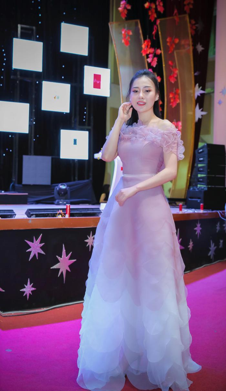 Phương Oanh hiện rất đắt show quảng cáo sự kiện