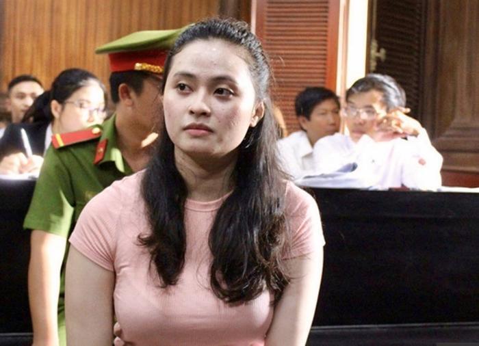Hot girl Ngọc Miu vướng vòng lao lý