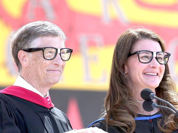 10 sự thật cho thấy Bill Gates giàu khủng khiếp tới mức nào ảnh 9