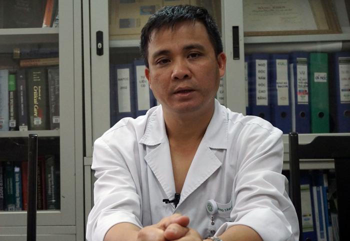 Bác sĩ Nguyễn Trung Nguyên, Phụ trách Trung tâm chống độc, Bệnh viện Bạch Mai.