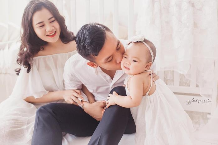Chúc cho gia đình nhỏ của Quế Ngọc Hải luôn hạnh phúc và tràn ngập tiếng cười. Mong rằng với cái tuổi 26, Hải Quế sẽ thi đấu ngày càng chững chạc và sự nghiệp ngày càng thăng hoa hơn.