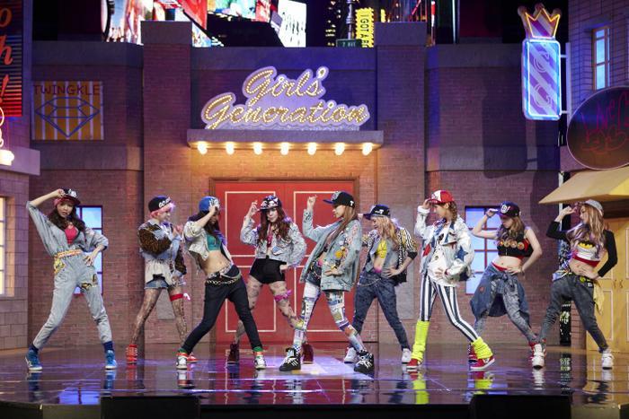 Girls' Generation với phong cách độc đáo.
