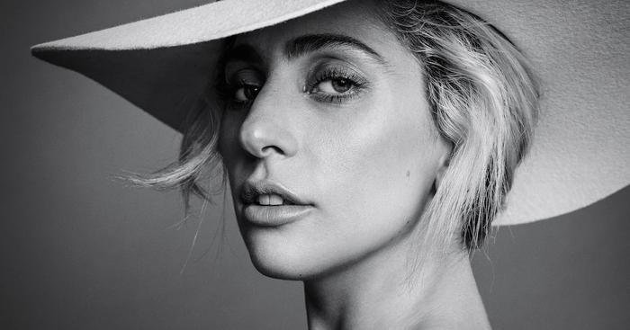 Những MV của Lady Gaga: hành trình tái sinh của mẹ quái vật.
