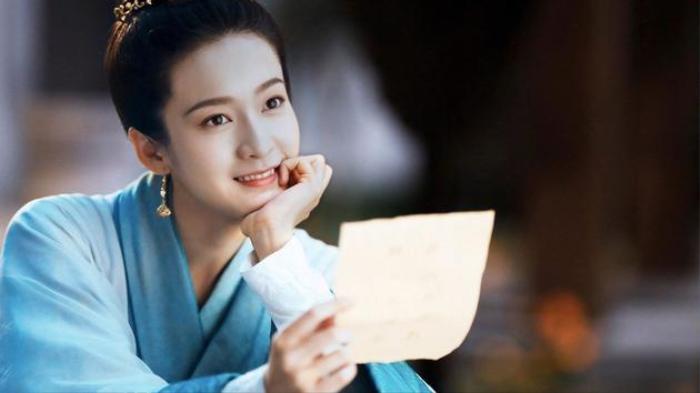 'Bạch Phát' thêm vào nhiều nguyên tố hài hước, Trương Tuyết Nghênh có đến 3 thân phận khác nhau?