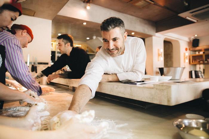 Những món ăn tinh tuý từ vị đầu bếp hàng đầu thế giới.