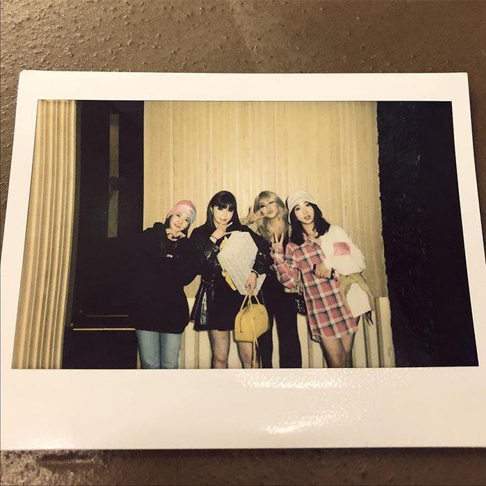Những bức hình chụp chung của nhóm.