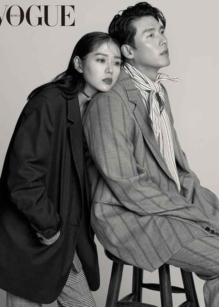 Dù có nhiều chứng cứ nhưng Son Ye Jin và Hyun Bin vẫn không thừa nhận hẹn hò.
