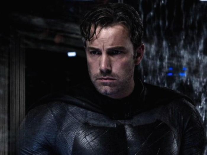 Affleck hóa thân vào vai Batman ban đầu.