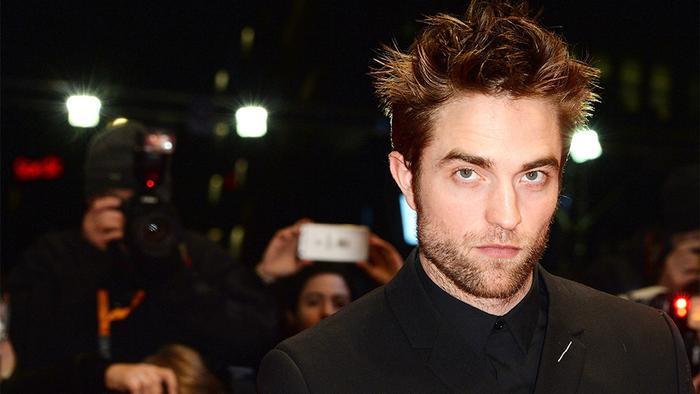 Robert Pattinson chưa chắc có thể trở thành Batman.