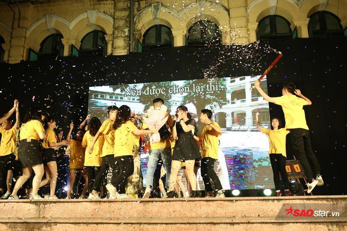 Teen cuối cấp THPT Việt Đức khoe sắc màu cá tính trong lễ trưởng thành ảnh 7