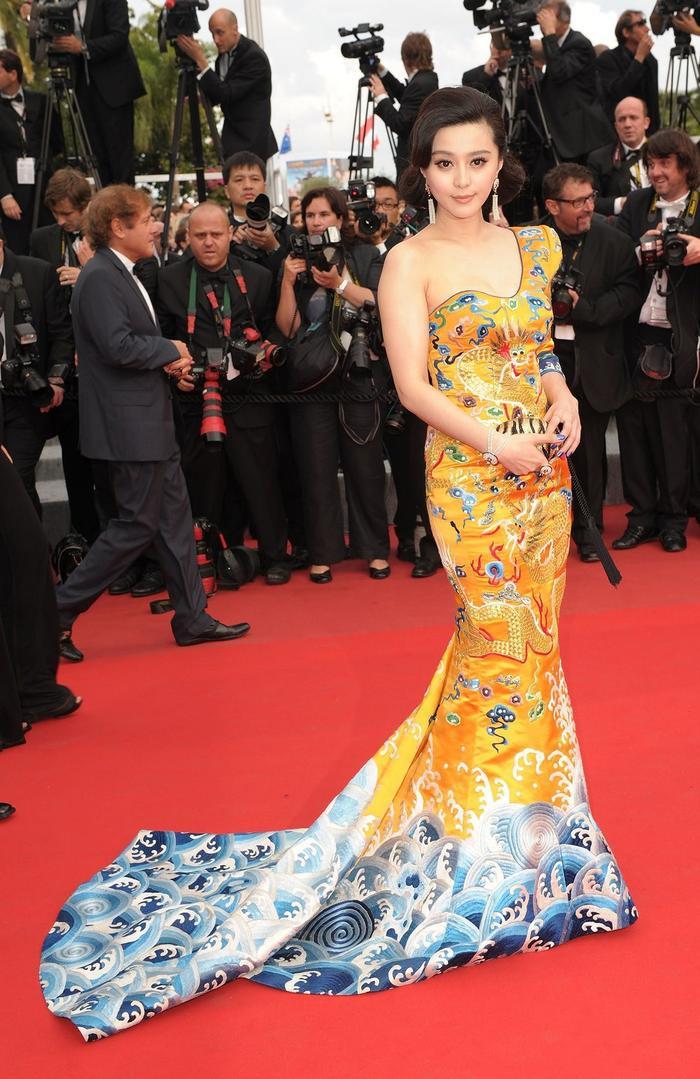 Trương Thị May, Phạm Băng Băng và 'thần thái' khẳng định nữ quyền châu Á trên thảm đỏ Cannes ảnh 4