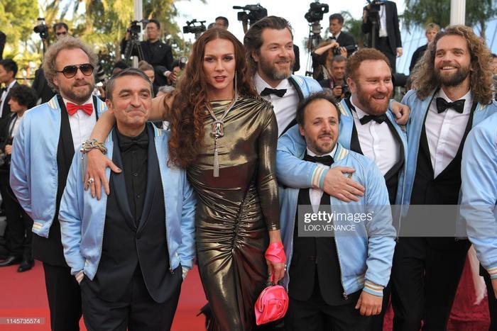 """Dàn diễn viên của bộ phim """"Les Crevettes Pailletées"""""""