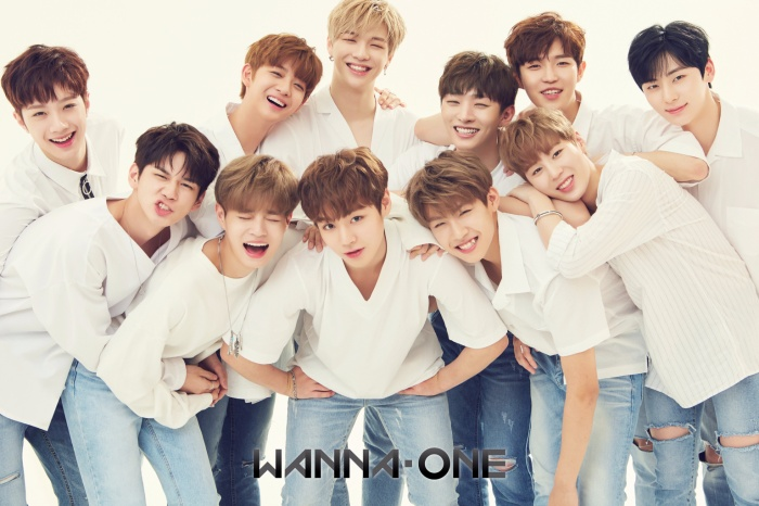 Các chàng trai Wanna One.