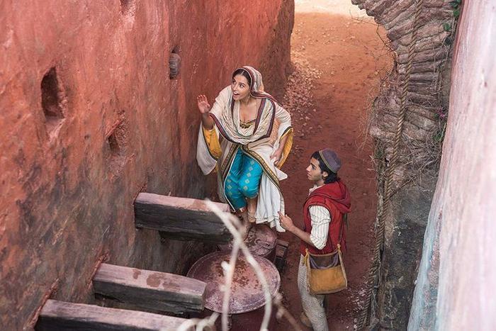 Aladdin 2019: Cặp đôi bị chỉ trích trở thành điểm sáng, kẻ được kỳ vọng lại gây thất vọng ảnh 1