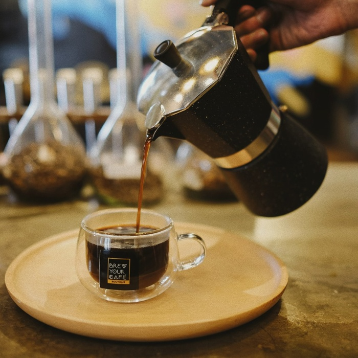 Những quán cafe ngon, chill và hợp thời mà dân sành cà phê ở Sài Gòn không thể bỏ qua ảnh 1