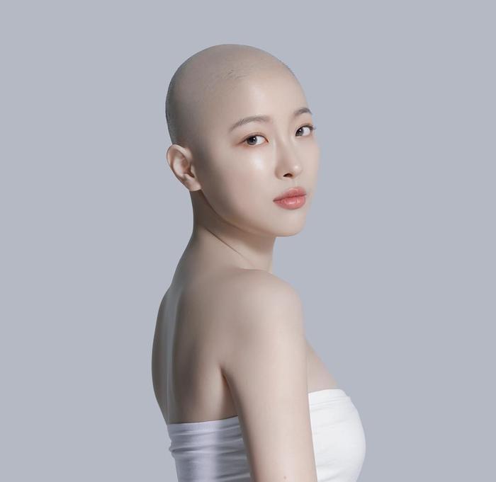 Cô hy vọng các clip của cô sẽ động viên phần nào đến những ai đang mắc ung thư, từ đó truyền tải tinh thần lạc quan, tin tưởng vào quá trình chống chọi căn bệnh này.