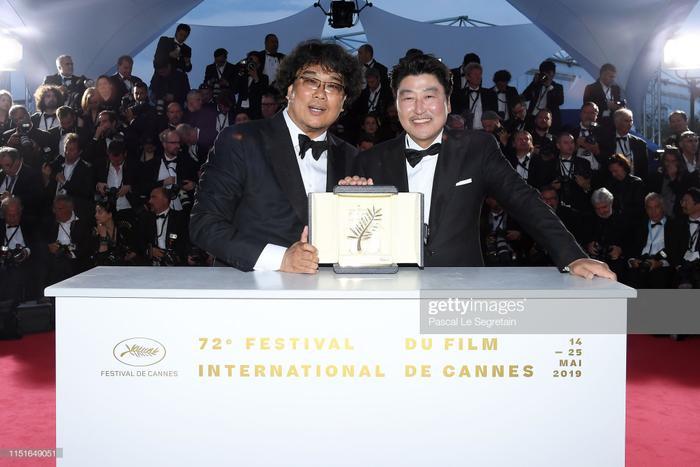 Đạo diễn Bong Joon Ho và Song Kang Ho.