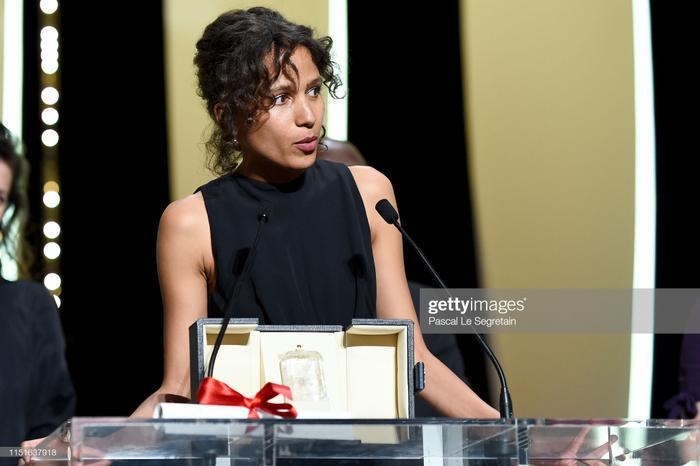 Đạo diễn Mati Diop nhận giảiGrand Prix(Giải thưởng lớn)