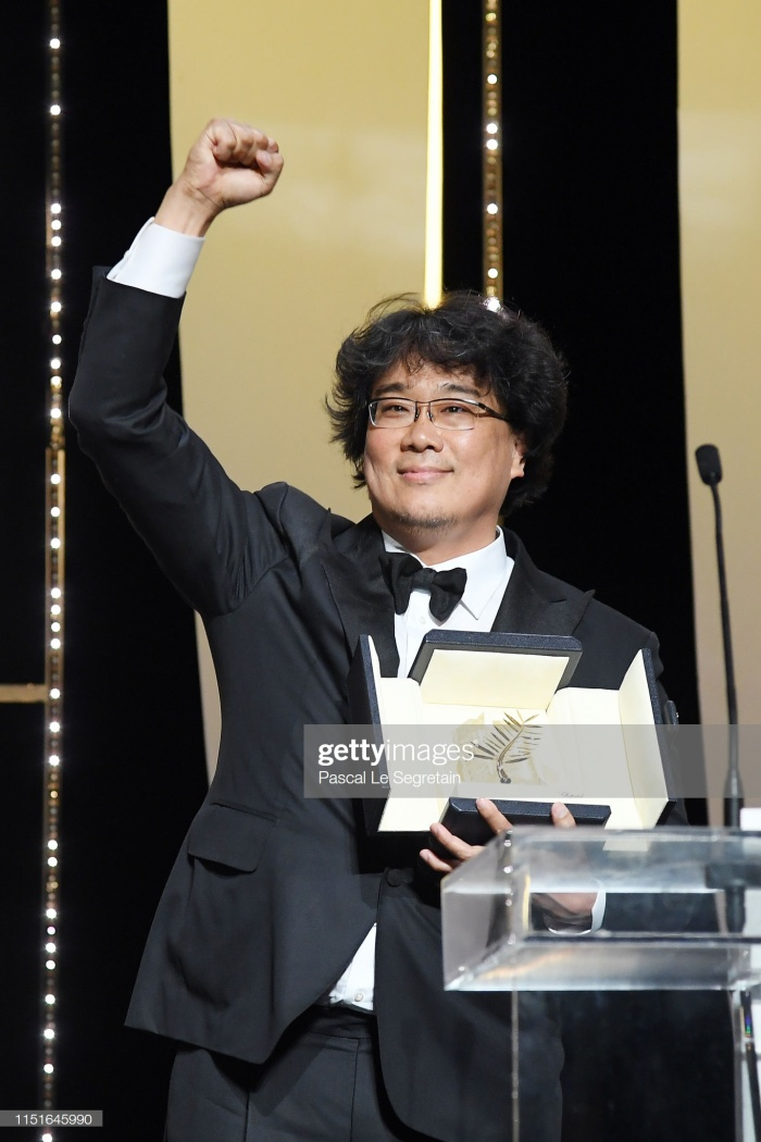 Đạo diễn Bong Joon Ho nhận Cành cọ Vàng, giải thưởng cao nhất tại liên hoan phim Cannes