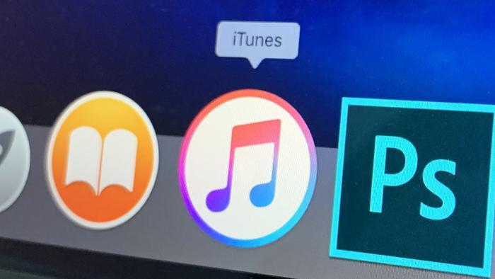 """Tim Cook đã từng nhiều lần khẳng định rằng """"Khách hàng của Apple không phải là mặt hàng""""."""