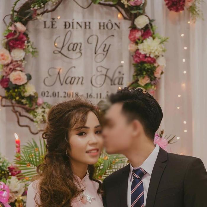 Chị V. và chồng sắp cưới.
