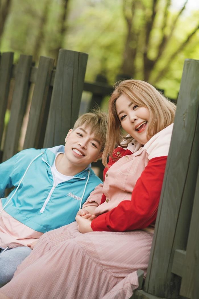 """Đức Phúc và Yang Soo Bin hợp tác trong sản phẩm mới """"Yêu được không""""."""
