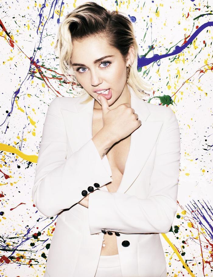 Miley Cyrus sẽ có màn tái xuất vào ngày 31/5 này.