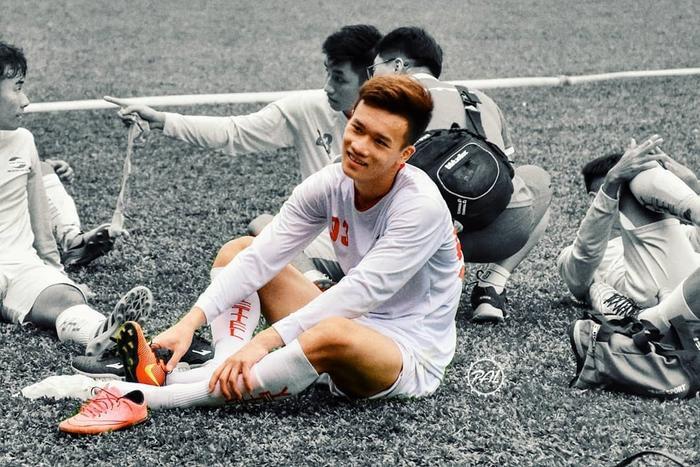 5 cầu thủ U23 Việt Nam khiến chị em 'điên đảo' vì đẹp trai ảnh 0