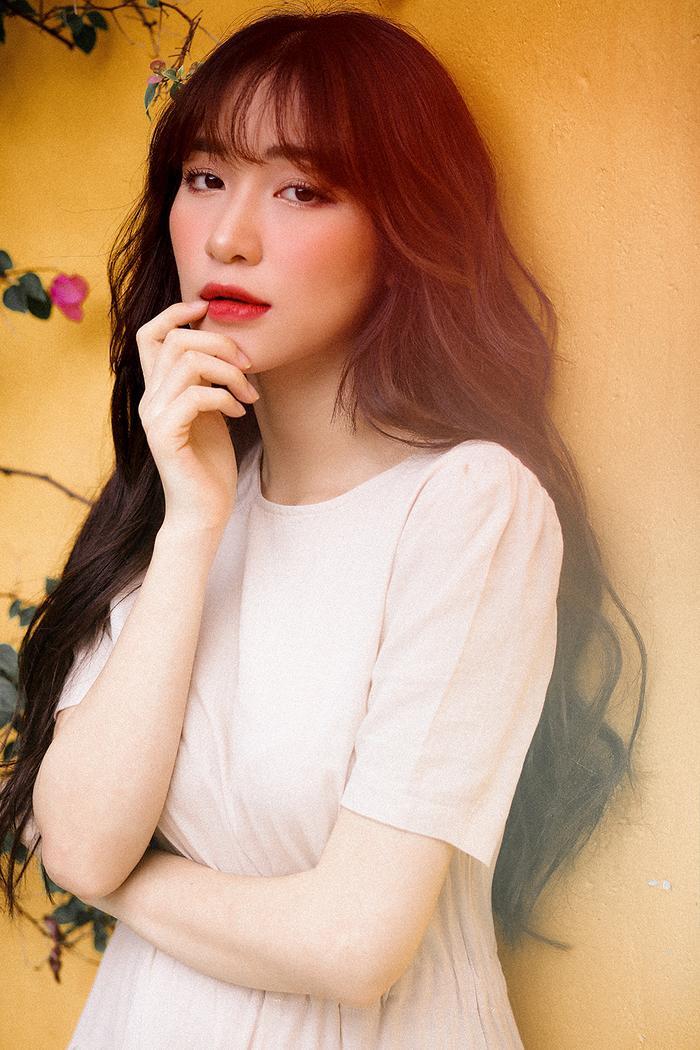 Hòa Minzy trở lại đường đua Vpop bằng sản phẩm âm nhạc mang tên Chỉ là tình cờ.