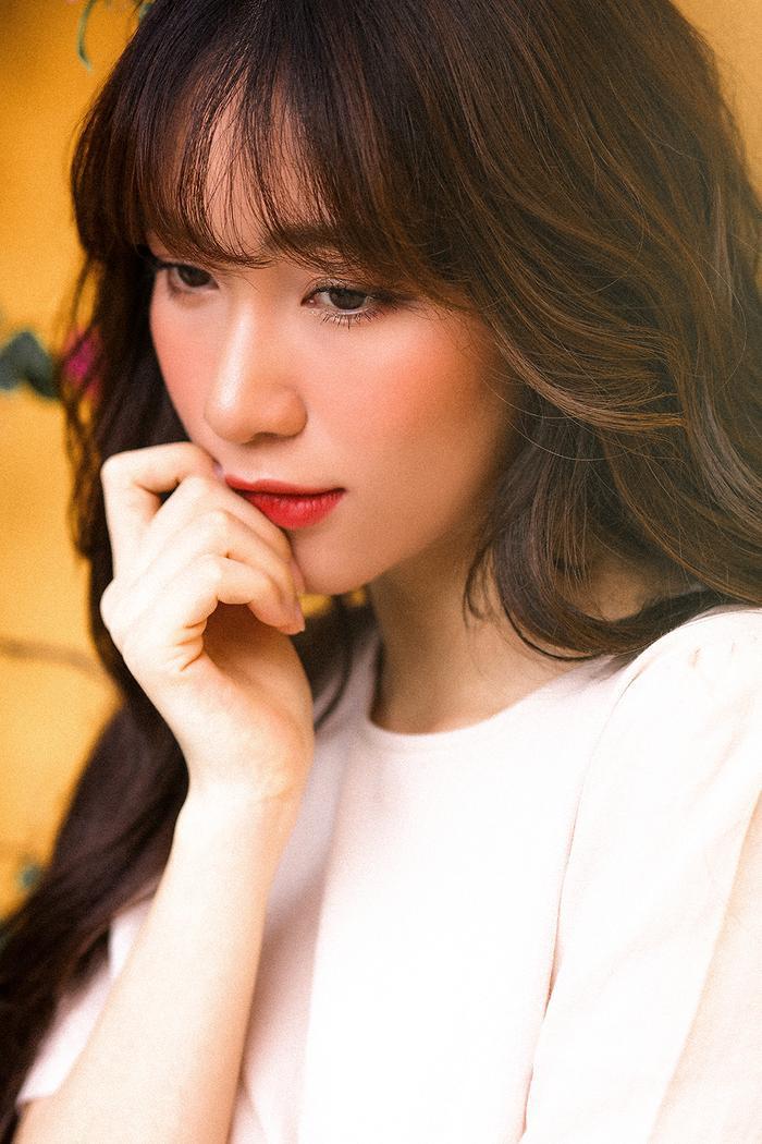 Mất giọng hát mất nửa năm, Hòa Minzy chính thức comeback bằng bản ballad không thể sầu thảm hơn ảnh 5